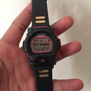 G-Shock DW002