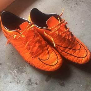 Futsal shoes Nike Hypervenom Phelon