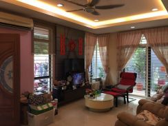 Adda Heights Legend Brown Double Storey Cluster FULLY RENOVATED