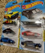 Hotwheels set of six