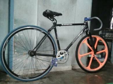 Basikal fixie 200