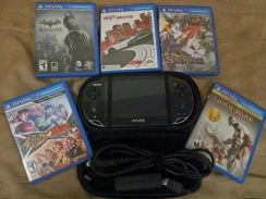 SONY PSvita with 5 game and memory card 8GB