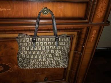 ORIGINAL Fendi handbag for sale