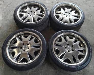 19 inch Crimson Racing Sport Rim and Tyres