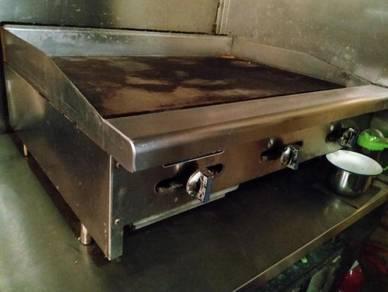 Burger griller and hood