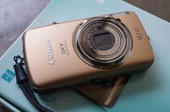 Japan Import Canon Ixus Touchscreen Camera