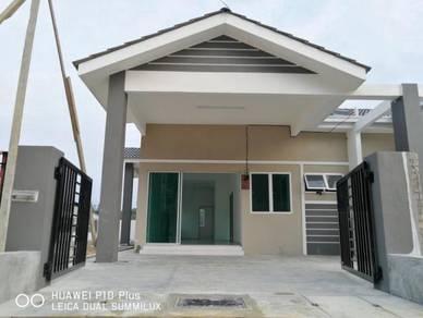 Rumah Setingkat 4 bilik tidur 2 bilik mandi di Kuala Kangsar, Freehold