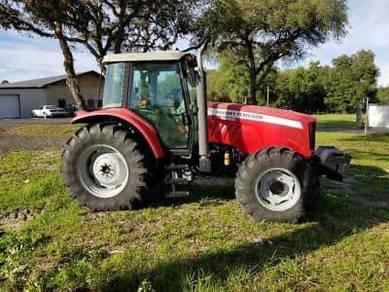 Massey Ferguson 5465 4wd Tractor