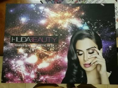 Huda Make Up Set New