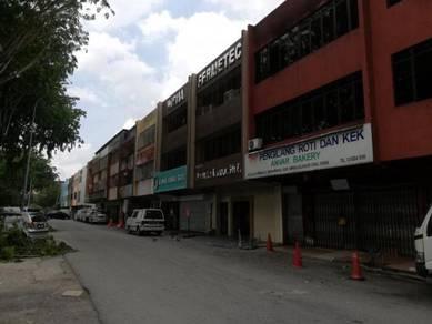 Shop lot , taman nirwana, ampang selangor, for sale