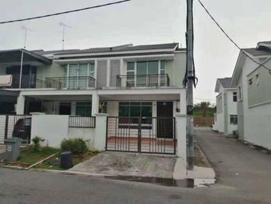 Senai Scientex Double Storey End Lot For Rent