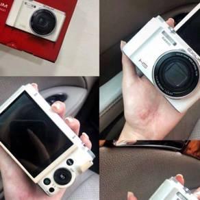 Casio ZR-1500 camera