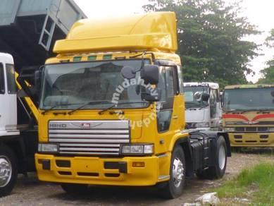 Hino prime mover Truck