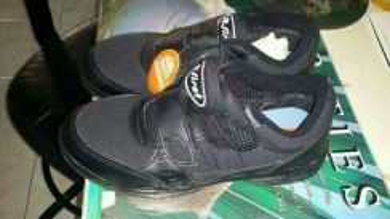 B-first brand black shoes
