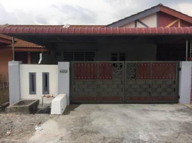 Newly Renovated FREEHOLD Single Storey Klebang Putra FULL BANK LOAN