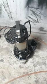 Water pump 240 volt