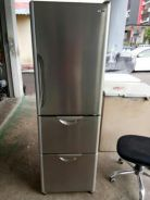 Hitachi solfege fridge 3 door