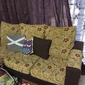 Sofa Nice Colour