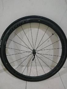 Original Ritchey wcs apex38 carbon wheelset.