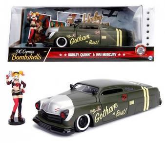 DC Comic Bombshell - Harley Quinn & 1951 Mercury