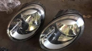 Volkswagen Beetle headlamps