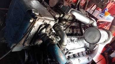 Detroit diesel marine engine
