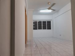 Medium Cost Apartment - Meranti Apartment USJ Subang Mewah [2nd Floor]