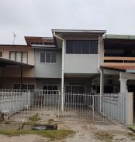 Double storey at lorong seri kuantan 101 for rent