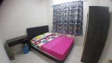 Bilik Room Casa Subang in USJ1 incl utils , Next BRT direct to Pyramid