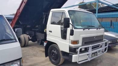 Daihatsu delta v116 3 ton steel tipper 6 tayar