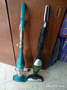 Vacuum cleaner Electrolux dan deerma