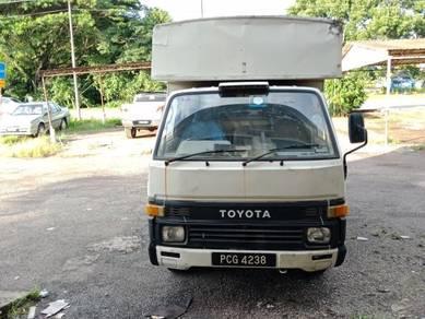 Toyota Dyna Hiace Diesel Box Van Yr 92