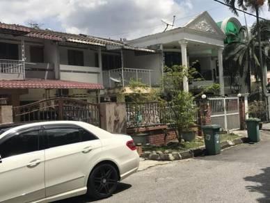 Taman mutiara barat 2 stry house for rent