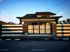 Single storey semi detached house