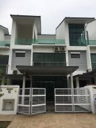 3-storey aster grove house for rent