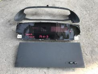 No 19-4-7 Meter Digital Toyota Vista Zzv50 Jpn