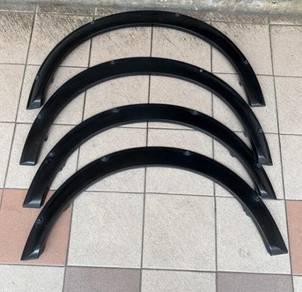 Wheelarch L700 GINO D-SPORT Ori Black color