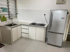 Centrio Avenue Gelugor Partial Furnished Renovated Well Maintain WORTH