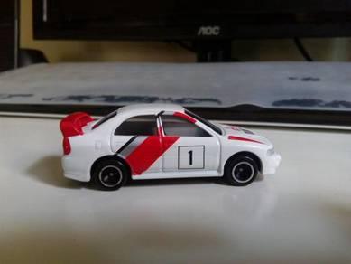 Tomica Mitsubishi Lancer Evo IV