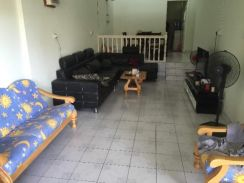 Single storey intermediate teres house labuan