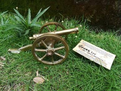 Ber1 Antique Brass Cannon Meriam Tembaga Antik
