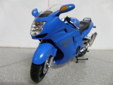 Automaxx 1:12 Honda CBR1100XX (Clear Stock)