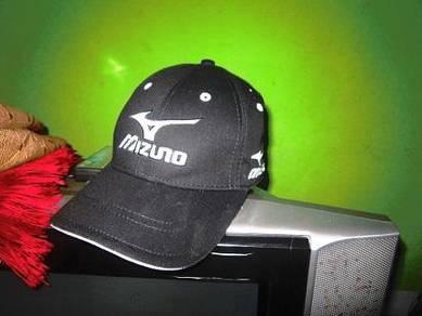 Koleksi pakaian golf