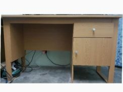 Good condition office, sturdy or computer table