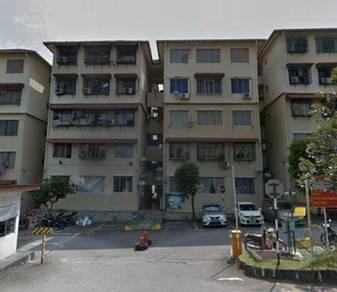 Orkid Apartment In Taman Bukit Serdang, Seri Kembangan, Selangor