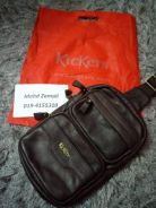 Kickers sling bag