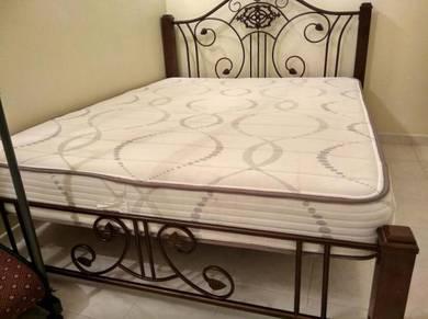 Vono spring queen size mattress