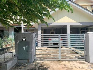 Salak tinggi double storey (spacious unit)