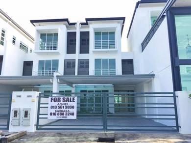 New 3 Storey house at Palm Residence, Stapok Kuching