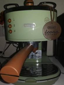 DeLongchi coffee maker